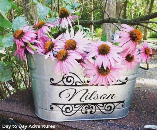 Make custom buckets using the Cricut Explore or the Cricut Maker and adhesive vinyl. This is a great project for beginners. I will show you in a video how to design in Cricut Design Space.