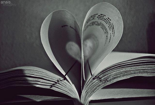 Páginas-forman-corazón
