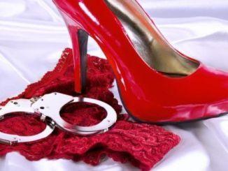 Zapatos rojos fantasías sexuales