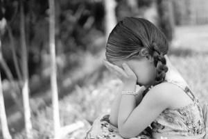 sadness-1325507_1920