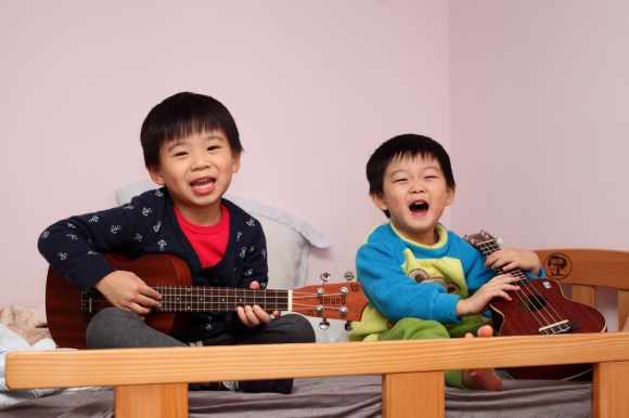 The Benefits of the Ukulele on Kids' Attitudes - Pacific Standard