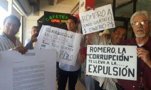 Protesta contra Romero Arizpe