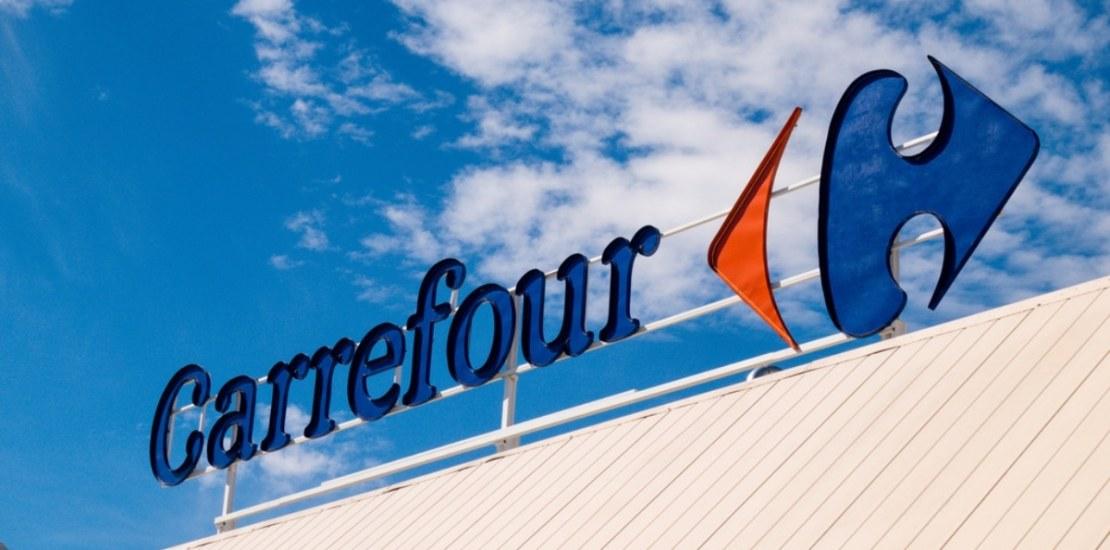 está Carrefour abierto hoy