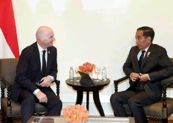 Lewat Presiden Jokowi, Presiden FIFA Ucapkan Selamat