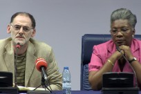 apresentação pública em Luanda