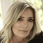 Podcast Episode #21 with Adriana Gavazzoni, author
