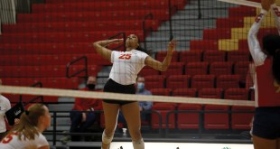 Volleyball defeats Newman, Central Oklahoma, falls to Central Missouri