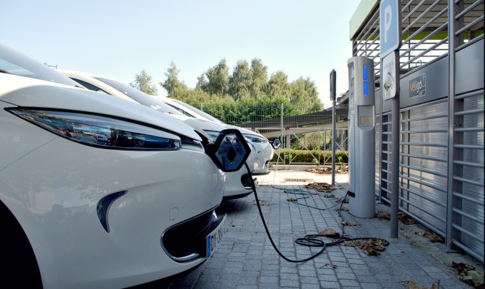 The Impact of Lithium-Ion Batteries on the Automobile Industry