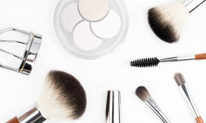 What are the latest technologies redefining the beauty and cosmetics industry?