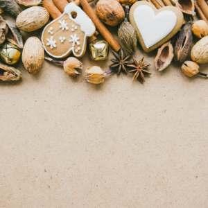 Spices, vanilla, cinnamon, aniseed, nutmeg, sugary, spicy sweetness