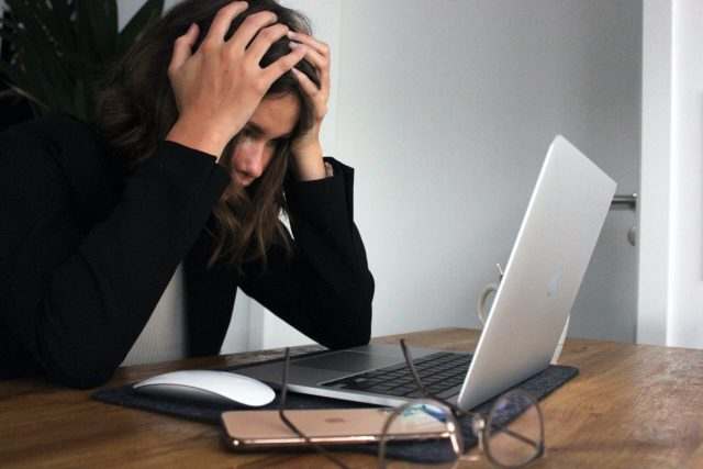 4 Signs Stress Contagion is Affecting Your Life