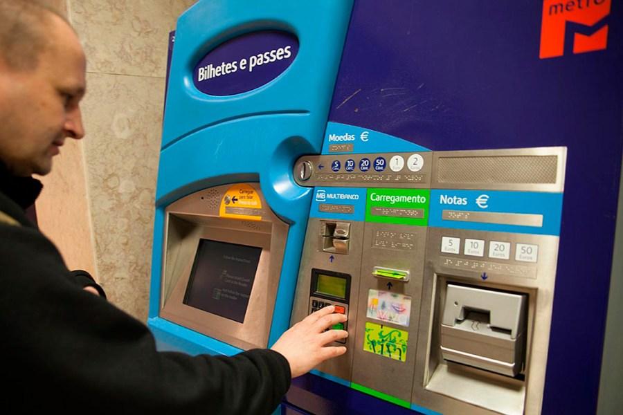 Automat biletowy w Lizbonie