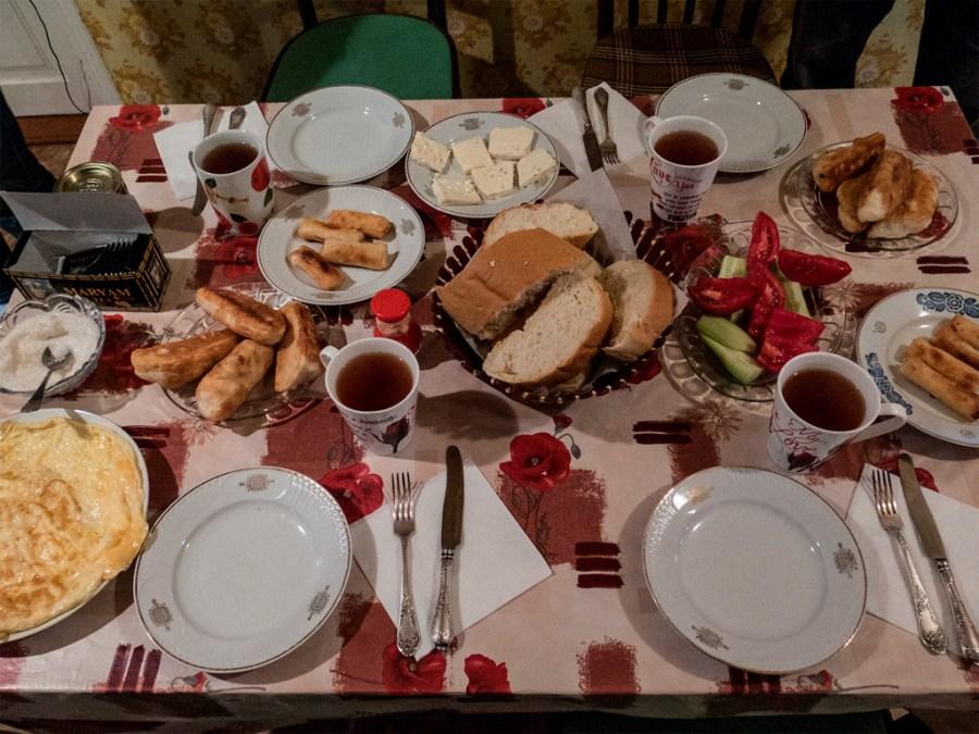 Nocleg u Mai w Stepancmindzie – śniadanie :)