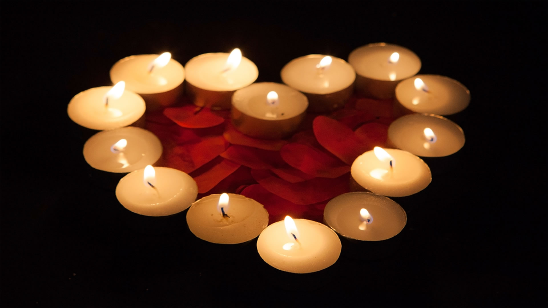 Positive Candle Colors for Love - Psychic love spells