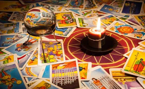 Tarot Card Psychics