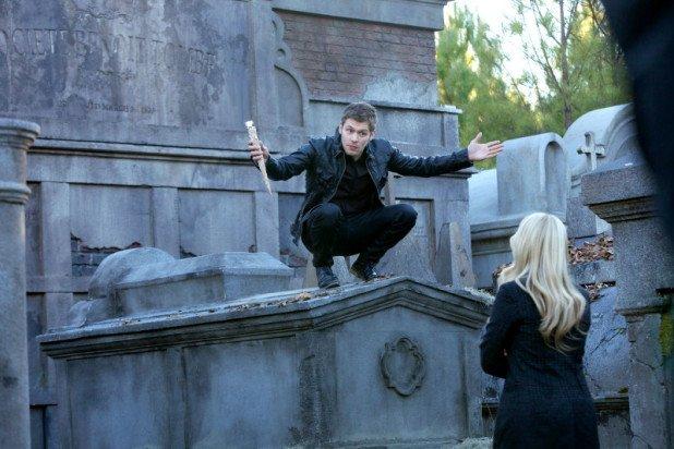 originals-0116-bring-it-on-rebekah