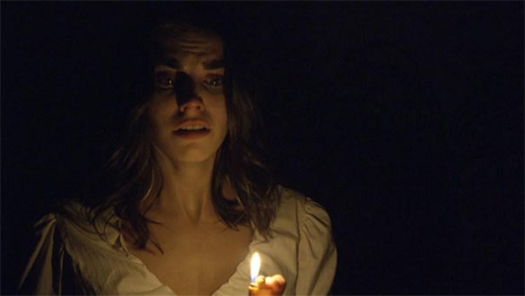 Dark-House-Claire