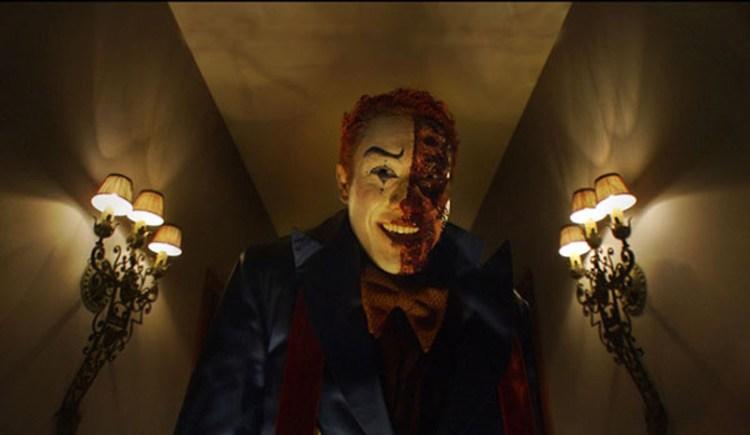 Dark-House-Clown