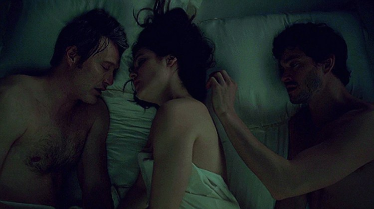 Hannibal210-Intimate