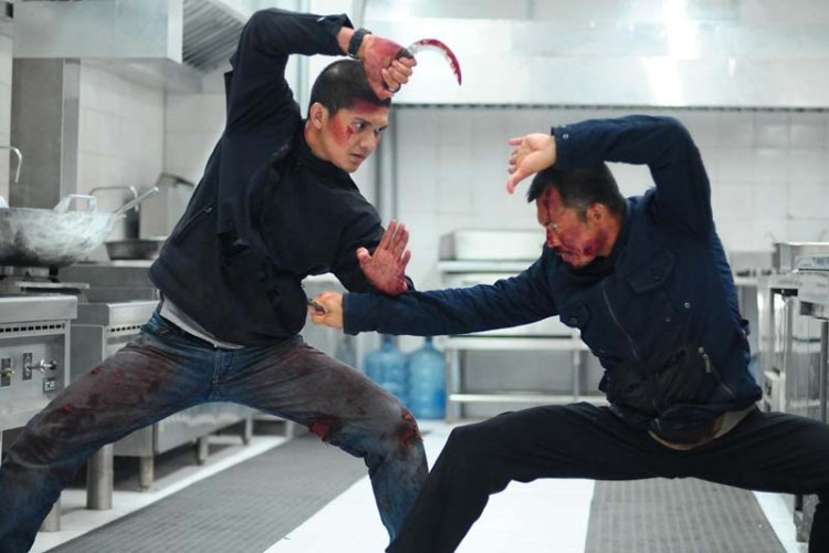 Raid2-knife-fight