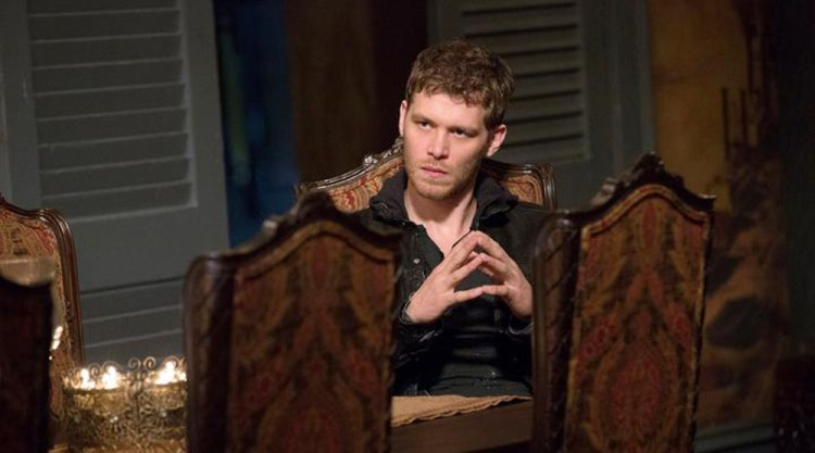 originals-222-klaus-table