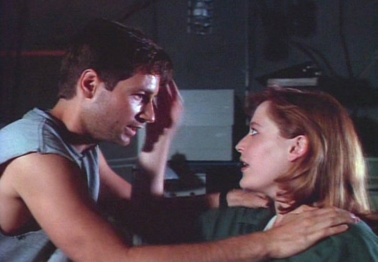 x-files-201-little-green-men
