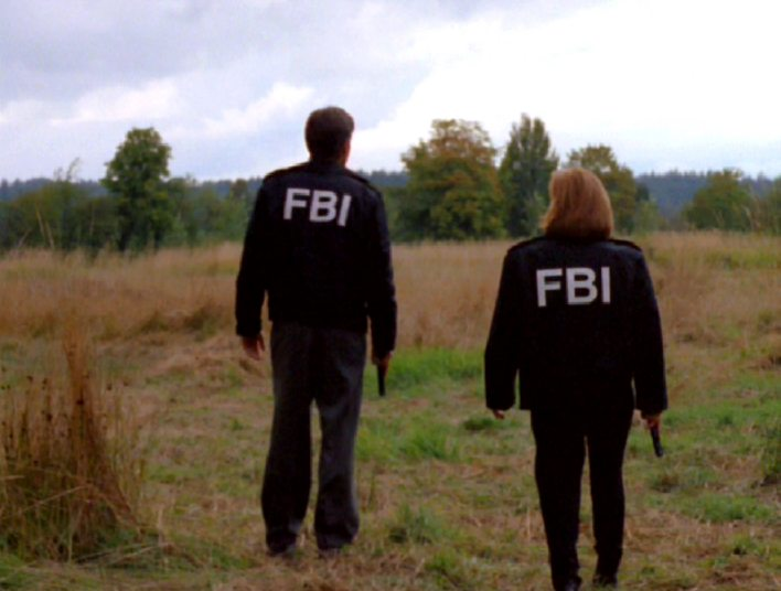 x-files-405-field-where-i-died