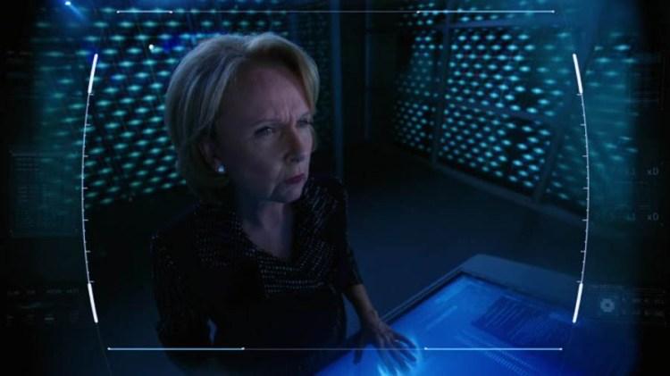 Extant-Season-2-Episode-fiona-stanton