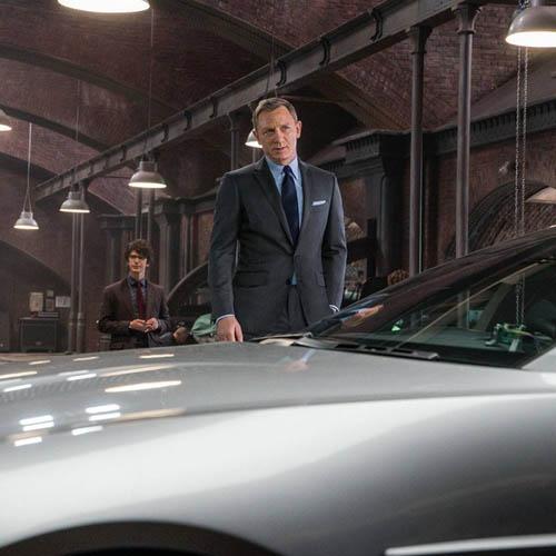 Spectre Daniel Craig suit
