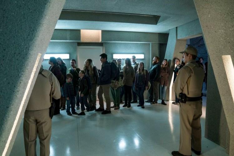 WAYWARD-PINES-Season-2-Episode-10-survivors-queue