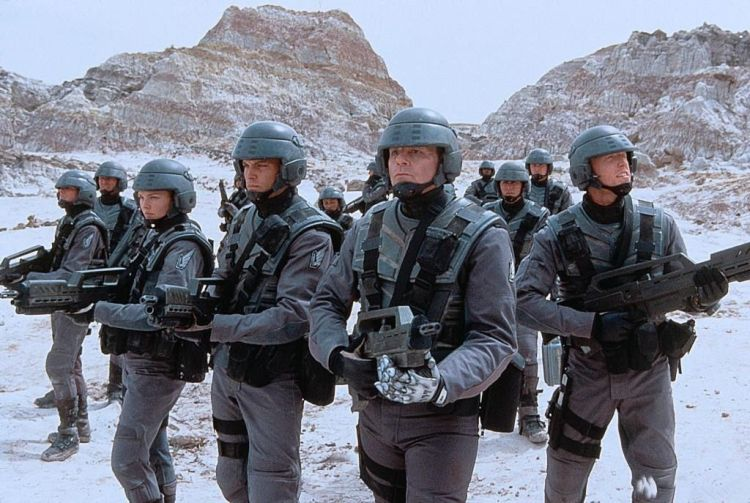 starship-troopers-03