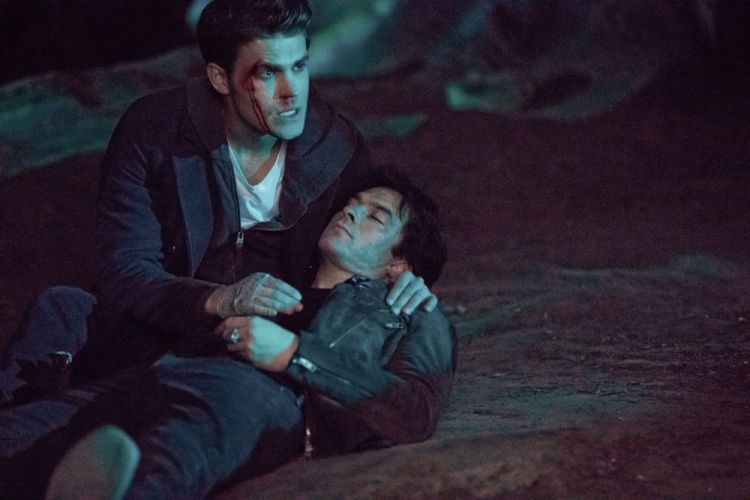whats-going-on-here-then-the-vampire-diaries-s8e14