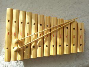 20181027_2248341445184016-300x169 Pomysł na prezent: Znaczenie muzyki w rozwoju dziecka i instrumenty muzyczne dla najmłodszych od BONTEMPI