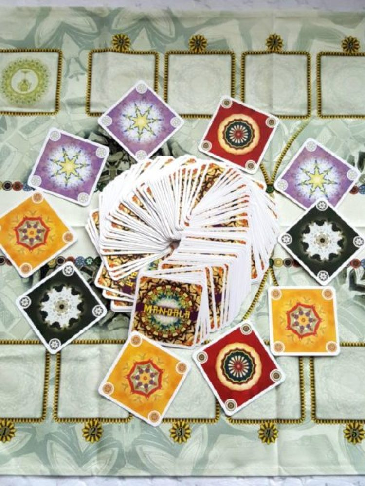 20191104_0944451113584244-1024x1024 GRAnatowy czwartek: Mandala (2019) Stwórz w duecie wielobarwny wzór i wygraj! REBEL