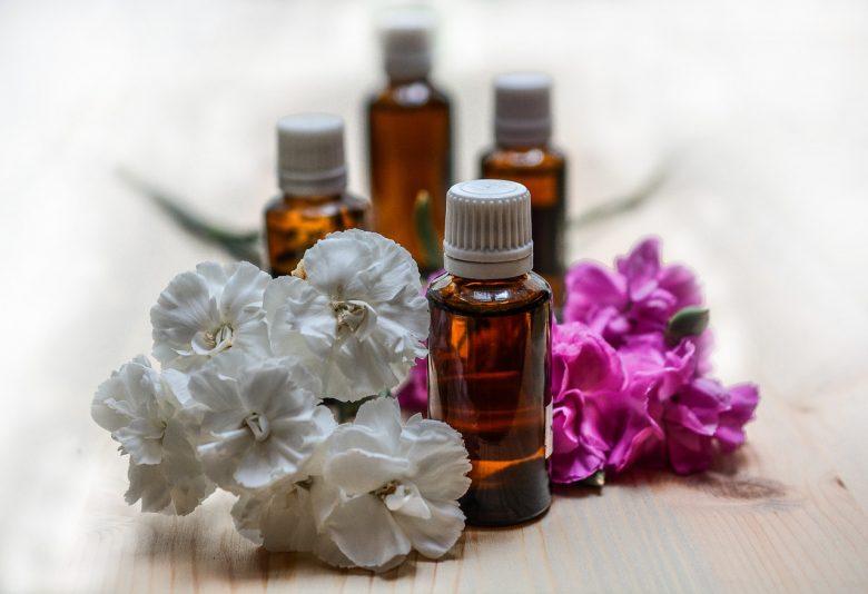 Calvitie : 3 huiles essentielles pour la repousse des cheveux 1