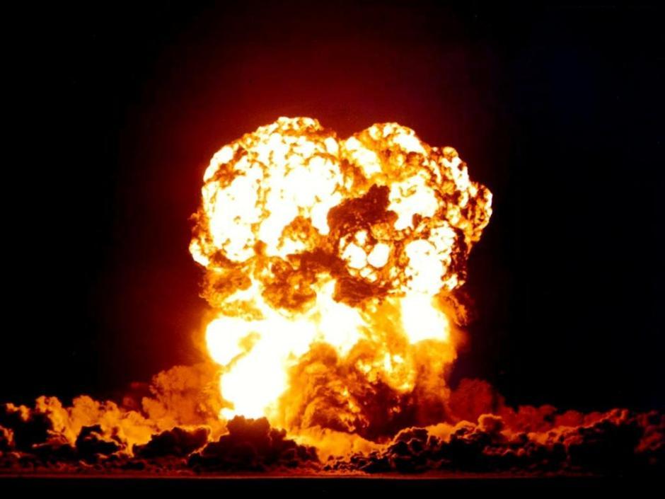 夢占い】爆発が暗示する重要な意味 | 心理学の時間ですよ!!