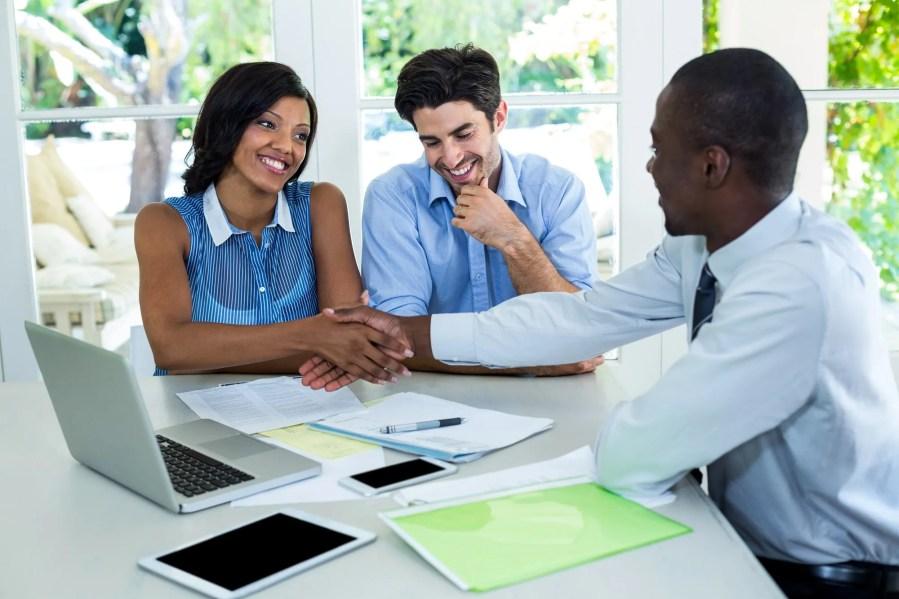 Entreprendre avec 50 000 comme Agent immobilier