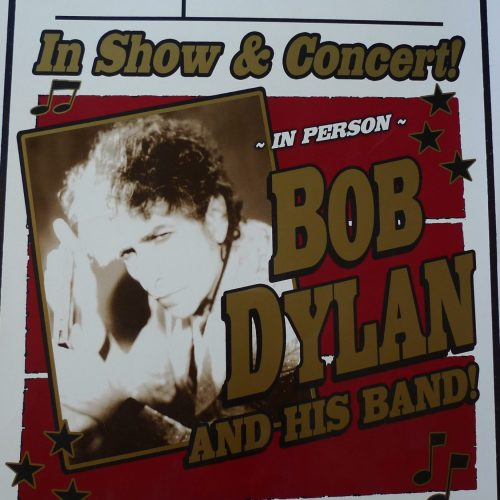 Bob Dylan and his band in 2007 designer Geoff Gans