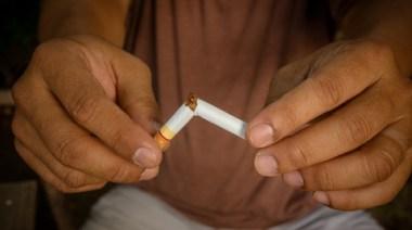 sigarett som brekkes