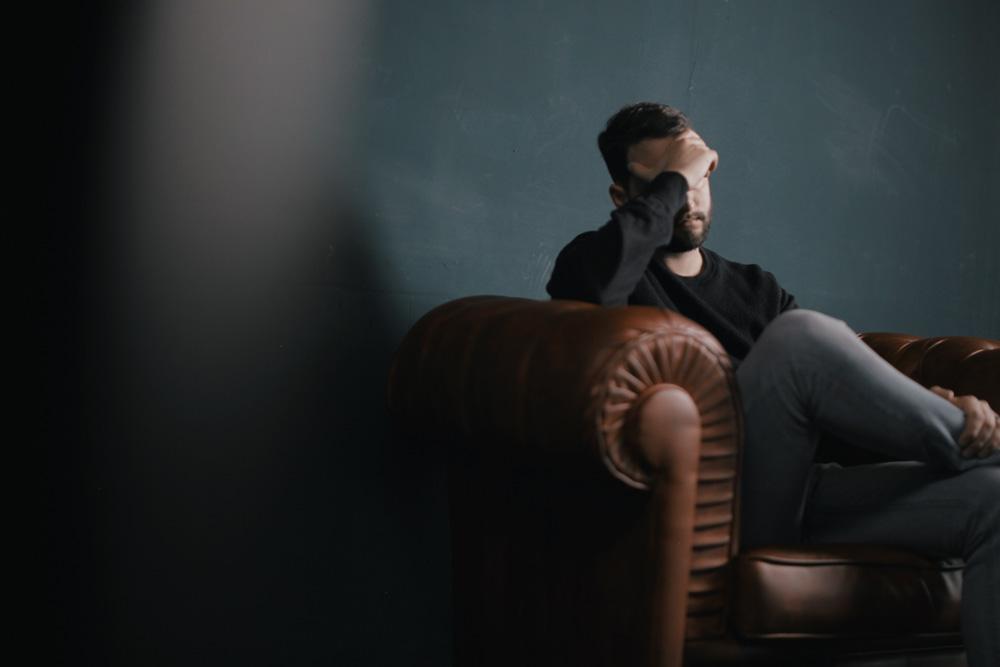 ensomhed-mantalisering-vivi-hinrichs-grey
