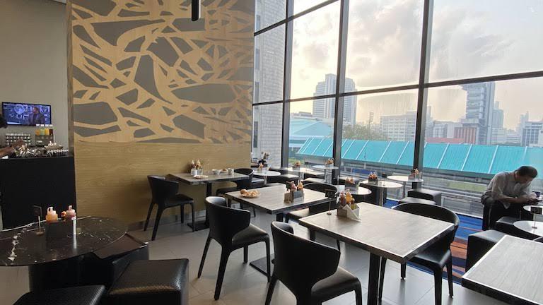 HIEX Siam レストラン