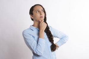 手首が背屈してしまう原因と対策法