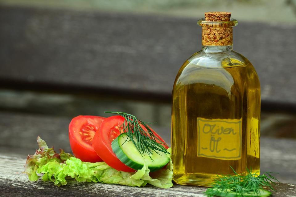 azeite de oliva é uma opção saudável para quem passou dos 50 anos
