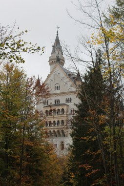 Castelo Neuschwanstein, Alemanha. Por Packing my Suitcase.