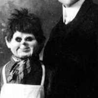 El ventrílocuo que usaba el cadáver de un niño como muñeco