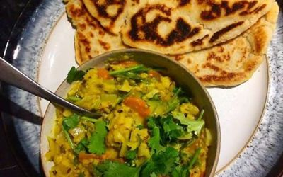 A curry that's good for you with a naan that's grain-free?!