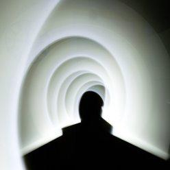J5 - Lightpainting d'intérieur monochrome