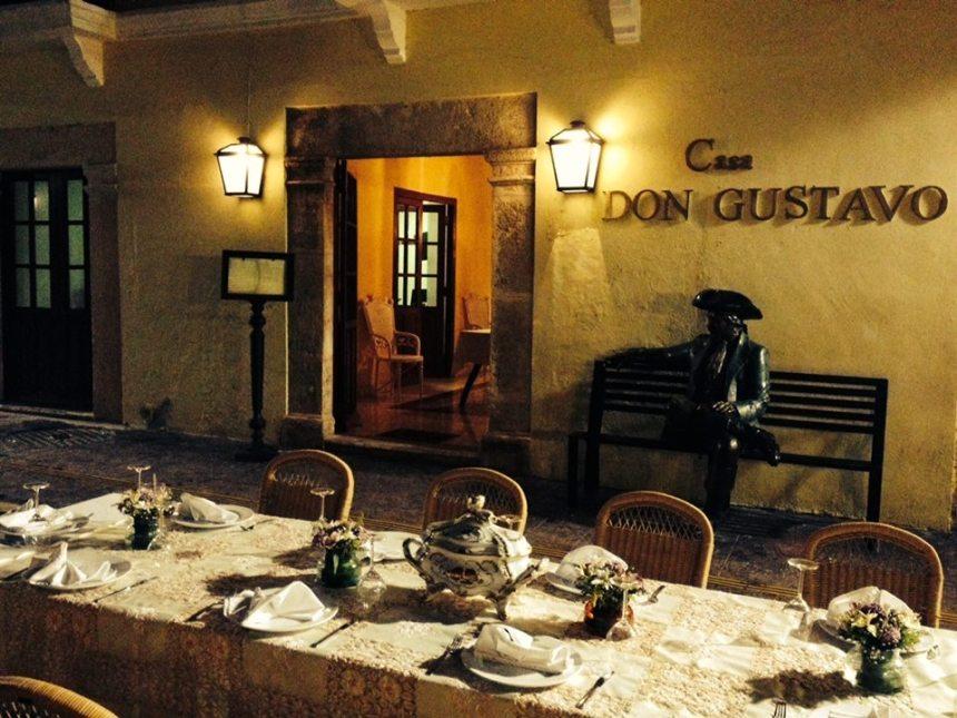 Cena en casa Don Gustavo
