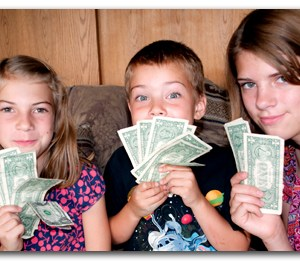 Kids Can Make Extra Money: 5 Businesses Your Money-Wise Kids Can Start Today