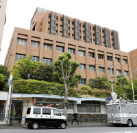 医師が刺された東京医科歯科大歯学部付属病院(9日午後、東京都文京区)=共同